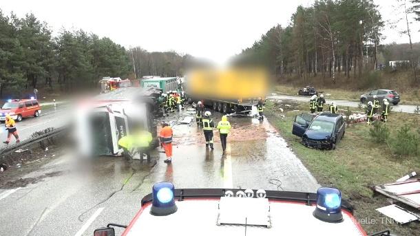 Autobahn A24 Unfall